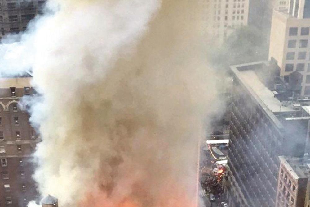 ČITAJTE U KURIRU SRPSKU SVETINJU U NJUJORKU PROGUTAO PLAMEN: Požar je podmetnut?