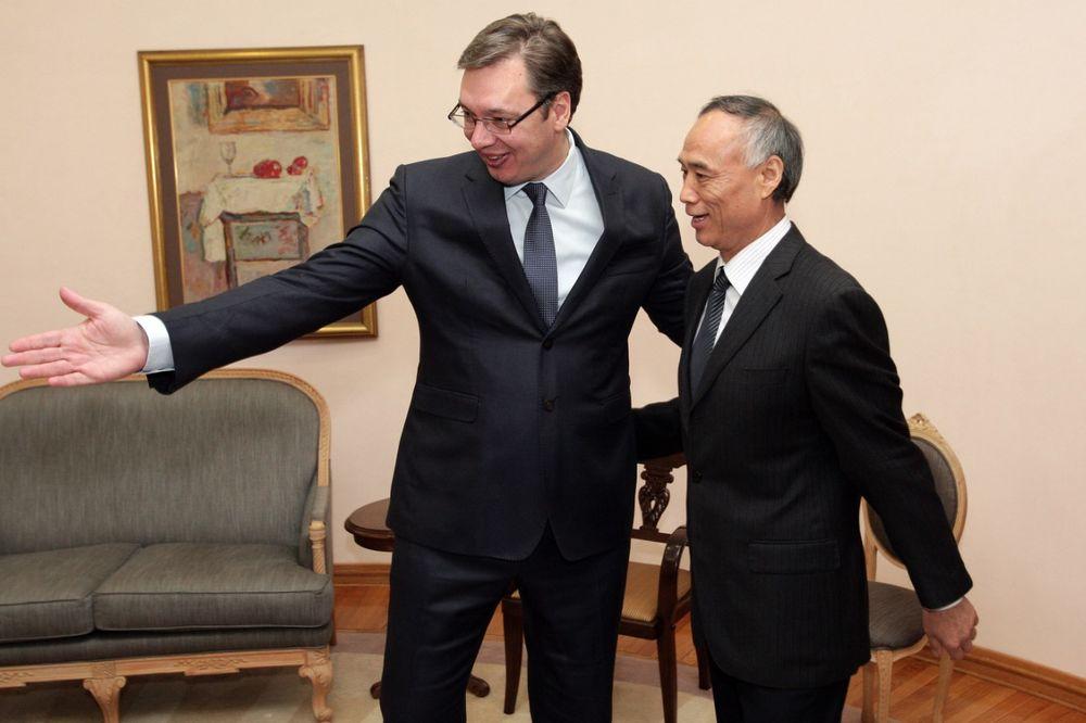 Vučić se sastao sa ambasadorom Kine Lijem Mančangom