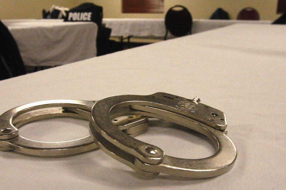INĐIJA: Zaglavio 30 dana pritvora zbog pretnji komšijama