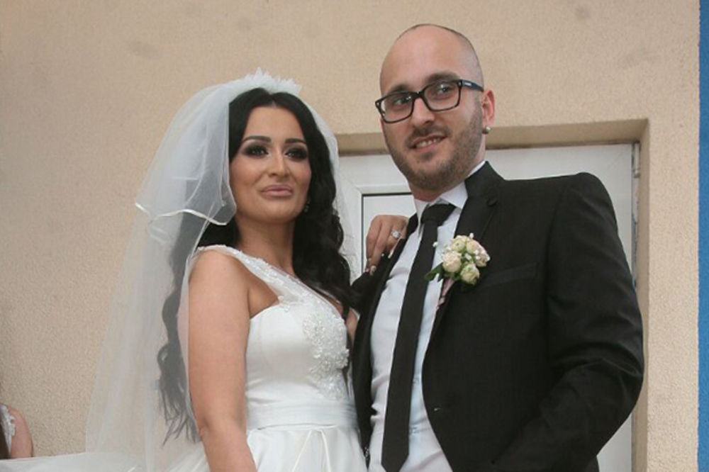 (FOTO) UDALA SE ANDREANA ČEKIĆ: Pogledajte ko je sve bio na svadbi