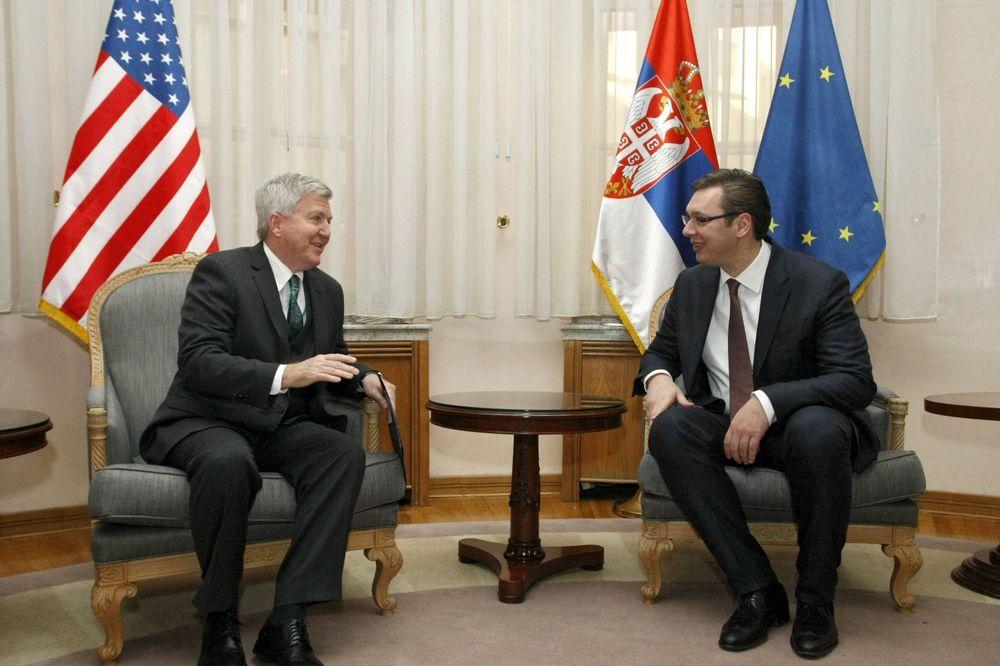 SASTANAK U VLADI: Vučić danas sa američkim ambasadorom