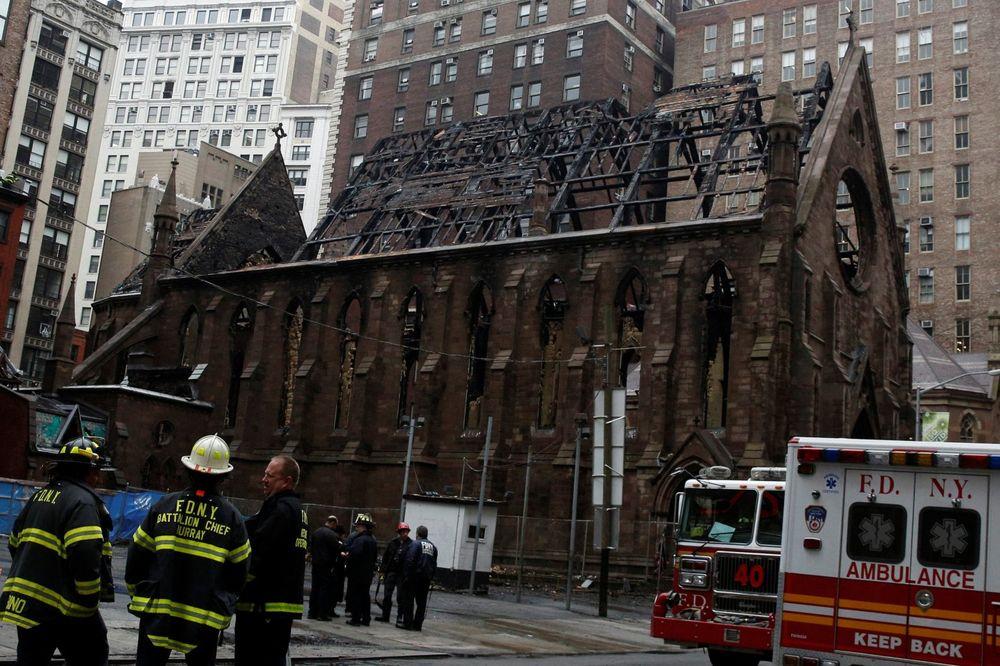 SRPSKA DELEGACIJA U NJUJORKU: Vlada će pomoći obnovu hrama Svetog Save