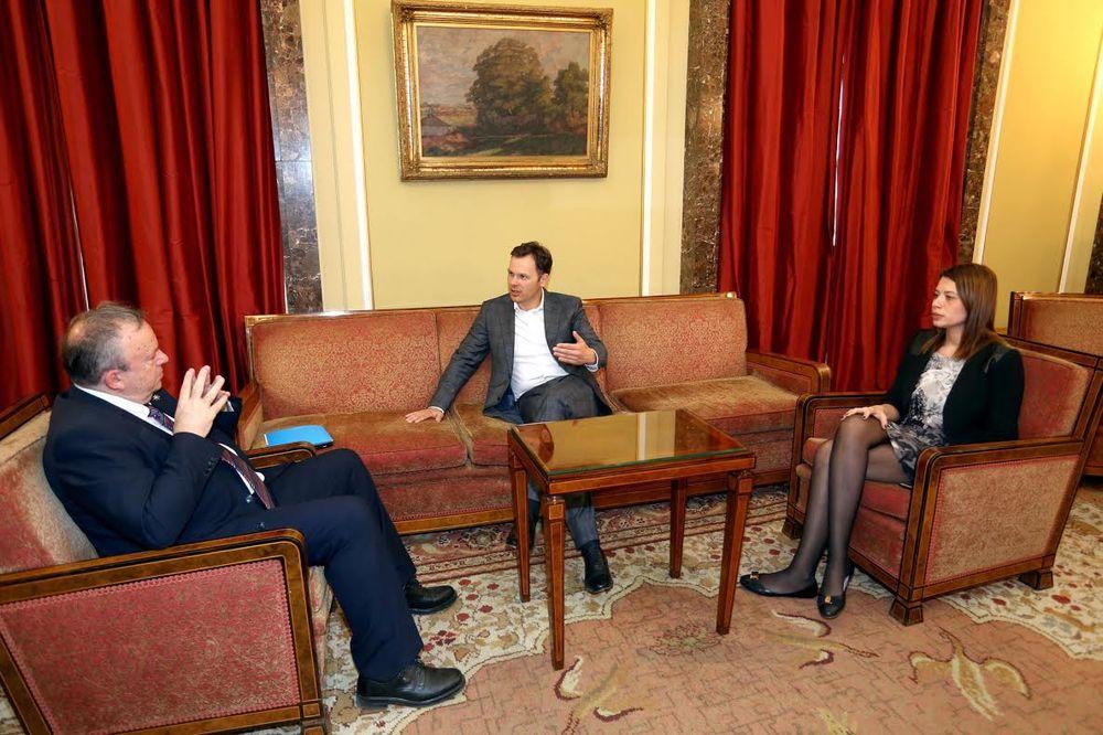 SINIŠA MALI: Grad će pomoći Petnici sa 6 miliona dinara