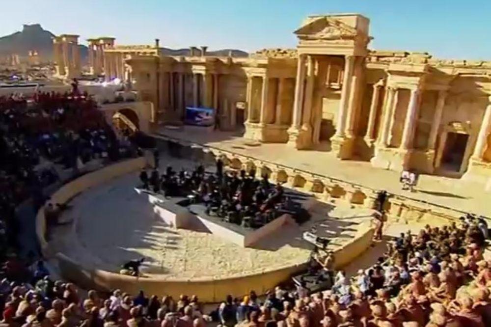 (VIDEO) NEVEROVATAN GEST RUSIJE: Organizovali simfonijski koncert usred Palmire