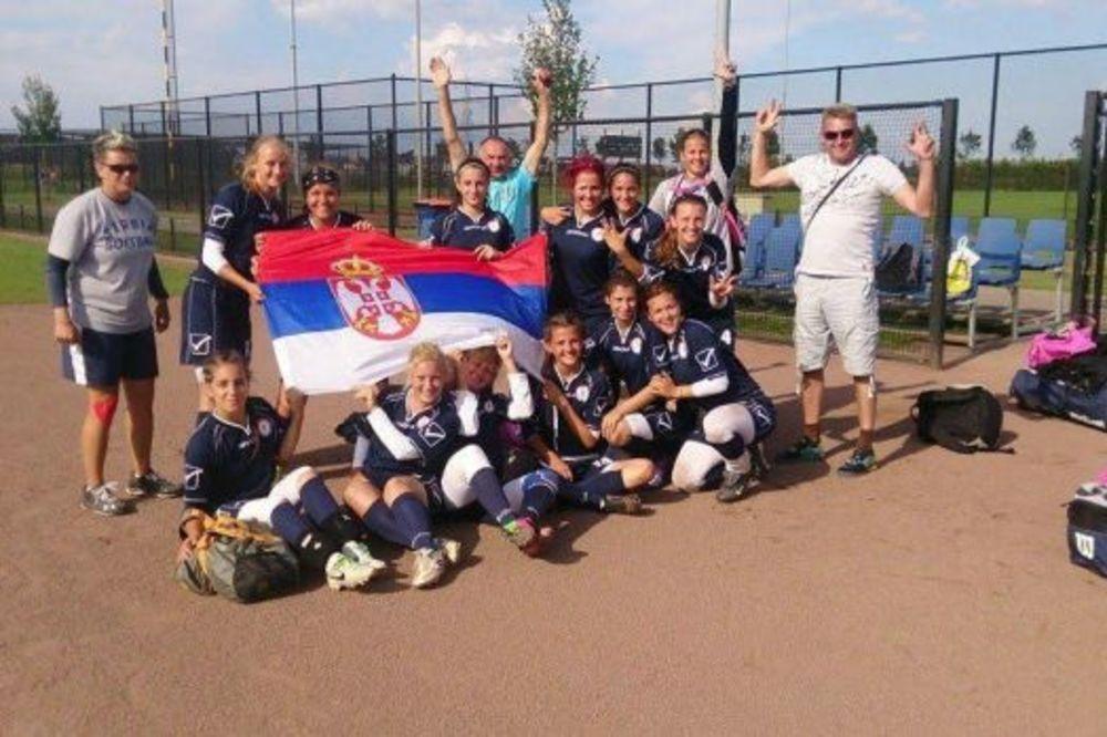 AMERIKANKA POJAČALA SRBIJU: Softbolašice prvi put učestvuju na Svetskom prvenstvu