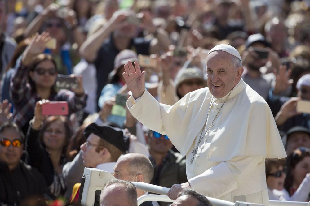 (VIDEO) ZASLUGE ZA EVROPU: Papa Franja dobitnik Karlove nagrade