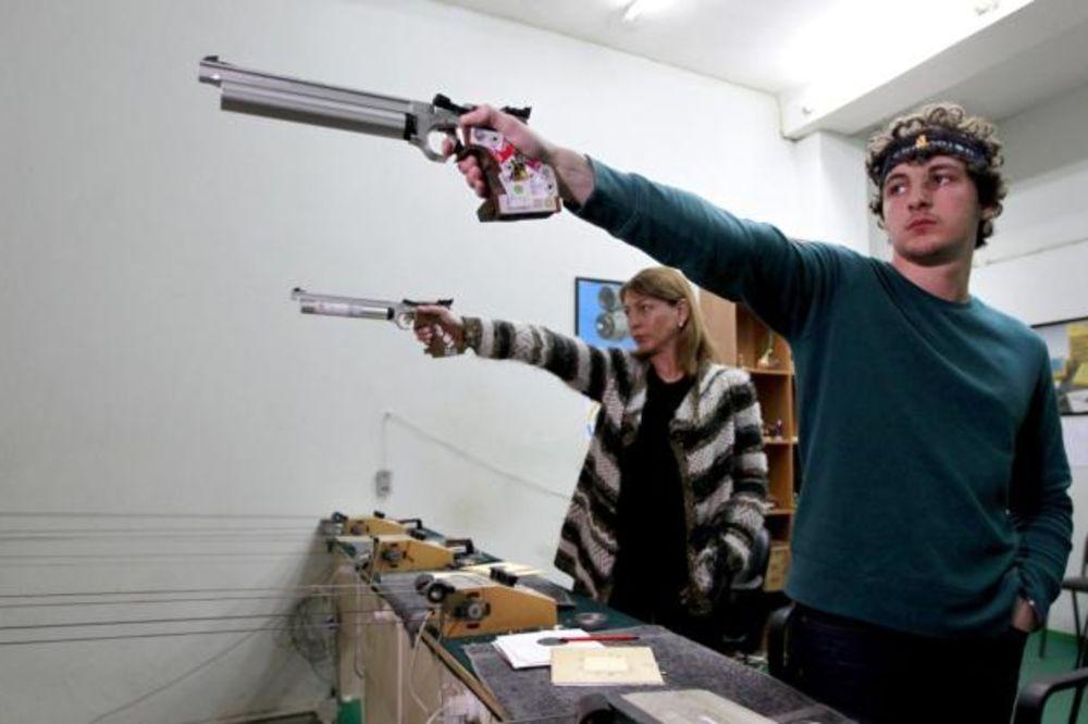 ZA ANALE: Ovo dvoje strelaca uradilo je što niko nikada nije