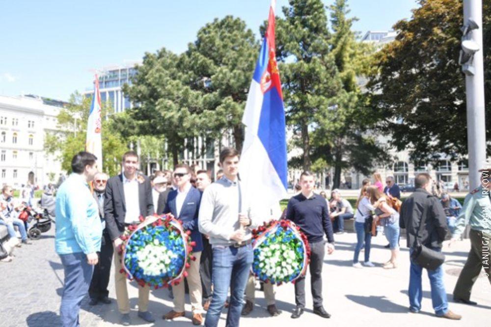 DAN POBEDE U BEČU: Srbi položili venac na spomenik ruskim borcima!