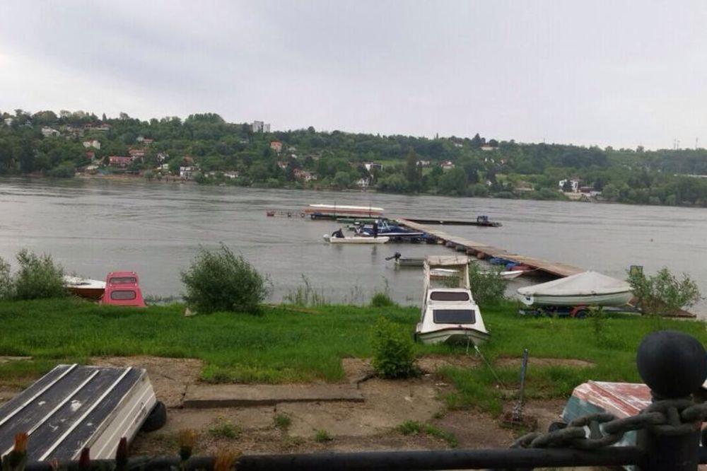 KOD ŽEŽELJEVOG MOSTA: Telo devojčice pronađeno u Dunavu