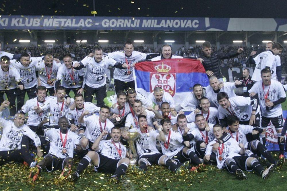 CRNO-BELI JEDVA ČEKAJU FINALE LIGE EVROPE: Evo zašto će svi fudbaleri Partizana navijati za Sevilju