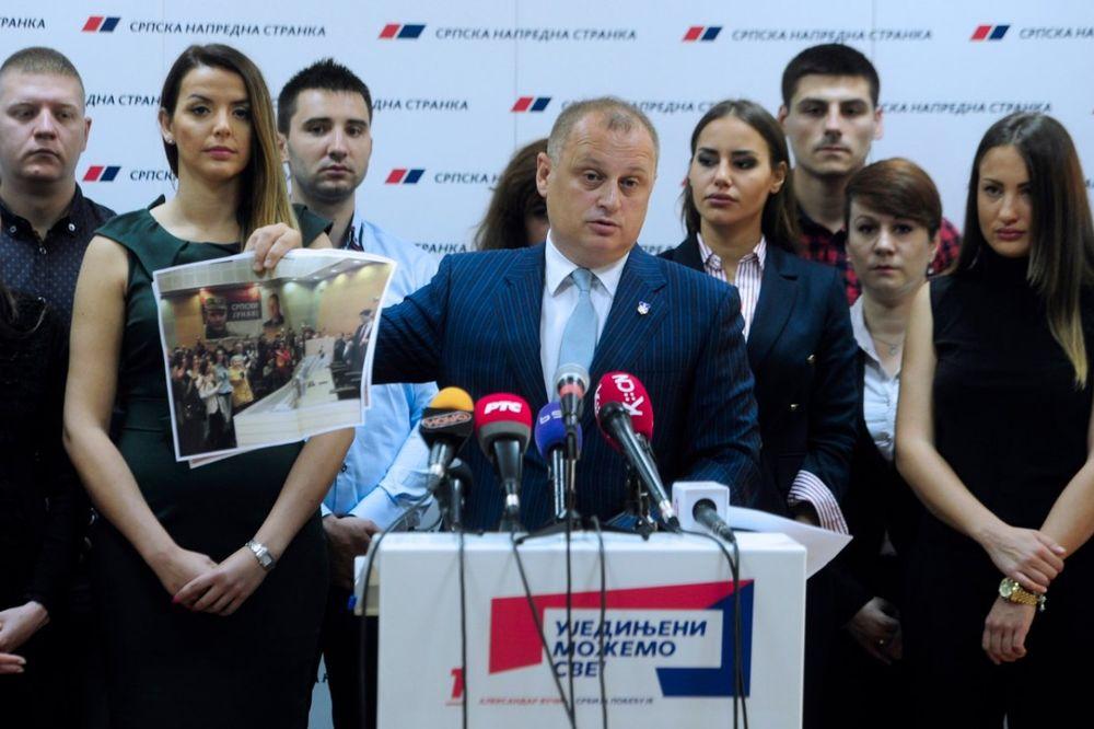 VESIĆ: Koalicija DS i SRS u Starom gradu - poigravanje sa voljom građana
