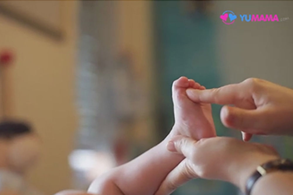 (VIDEO) Saveti fizioterapeuta: Opuštajuća masaža za bebe