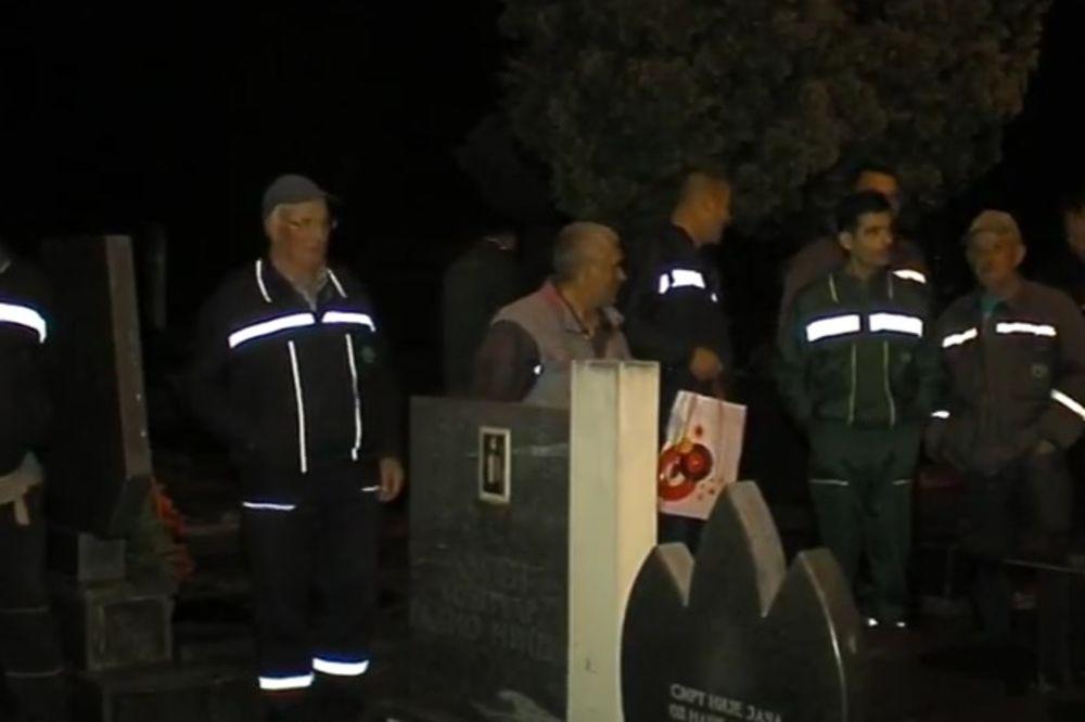 (VIDEO) VEČERAS NEĆE SPAVATI U RAKAMA: Niški grobari okončali štrajk, prihvatili lanč-pakete
