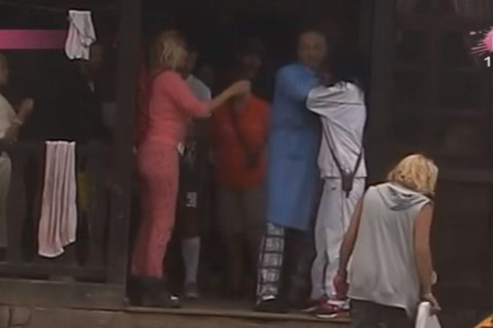 (VIDEO) MIKI PUCA PO ŠAVOVIMA Cecu ispolivao a onda nasrnuo na Sašku! Produkcija cenzurisala program