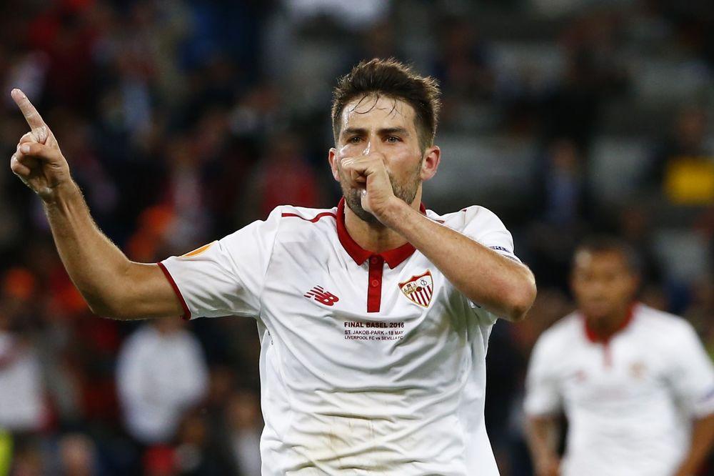 (VIDEO) SVI ČEKALI SUDIJU: Evo zašto je kod trećeg gola Sevilje zanemeo ceo stadion