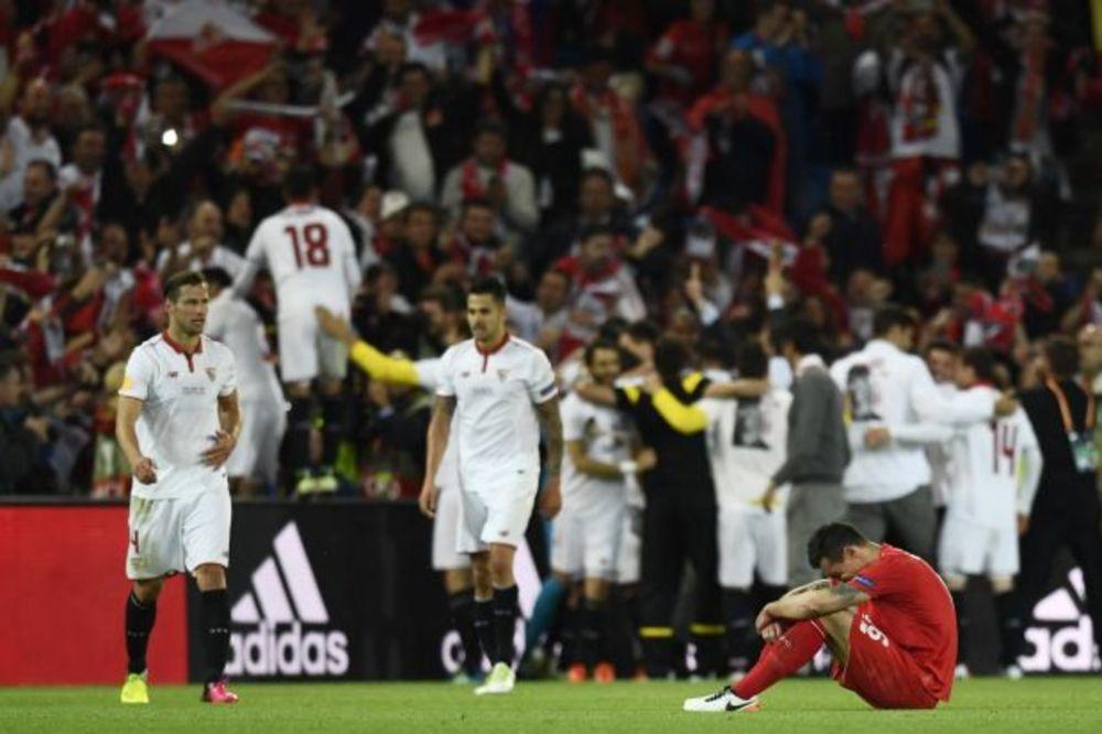 (VIDEO) HRVATA PREPLAVILE EMOCIJE: Suze fudbalera Liverpula obišle svet