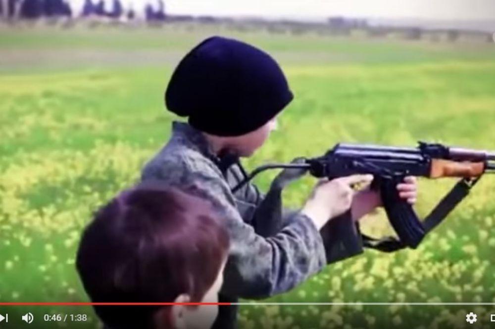 DŽIHADISTI PRAVE NOVE JANJIČARE: Majkama otimaju decu mlađu od 13 godina i uče ih da ubijaju