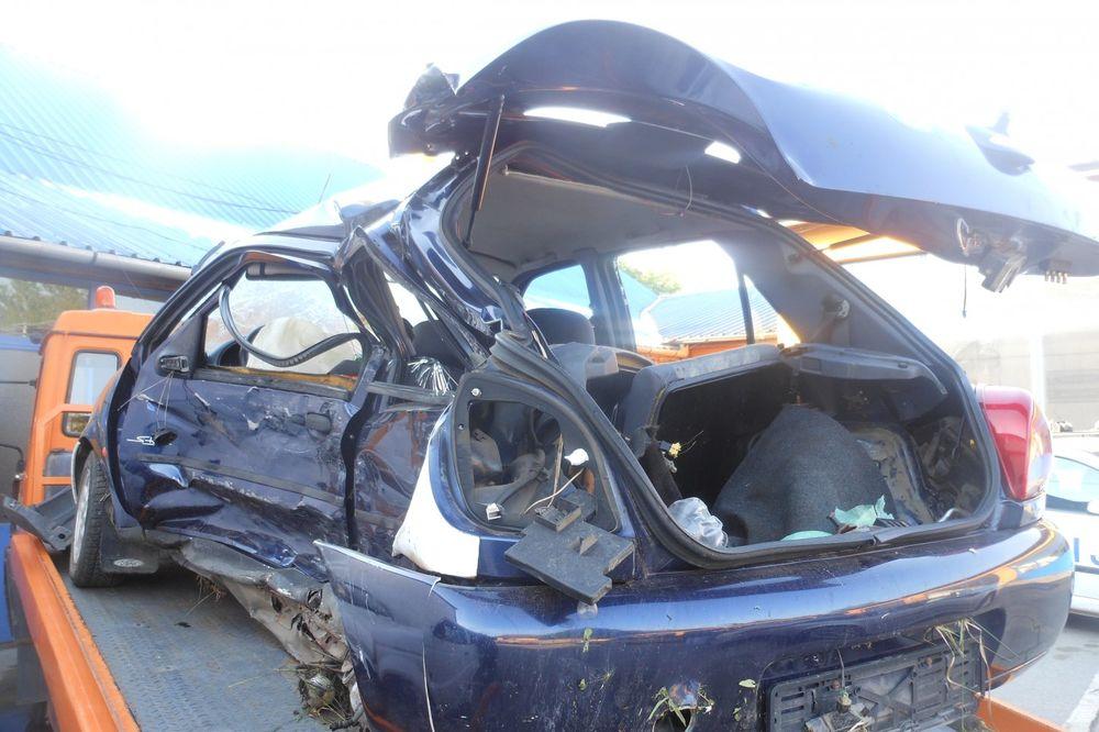 TRAGEDIJA KOD KIKINDE: Bahati vozač ubio dve devojke iz Zrenjanina!