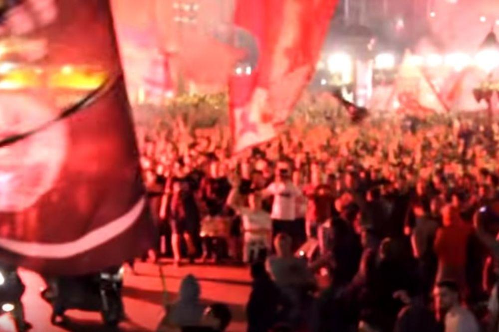 (VIDEO) CRVENO-BELA LUDNICA U BEOGRADU: Evo kako su Delije slavile titulu u centru grada i na Kališu