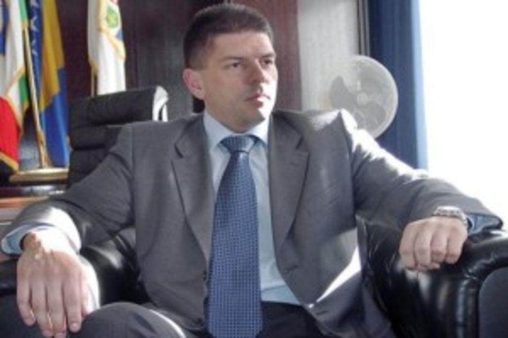SKANDAL: Direktor obaveštajne službe BIH ima hrvatsko državljanstvo!