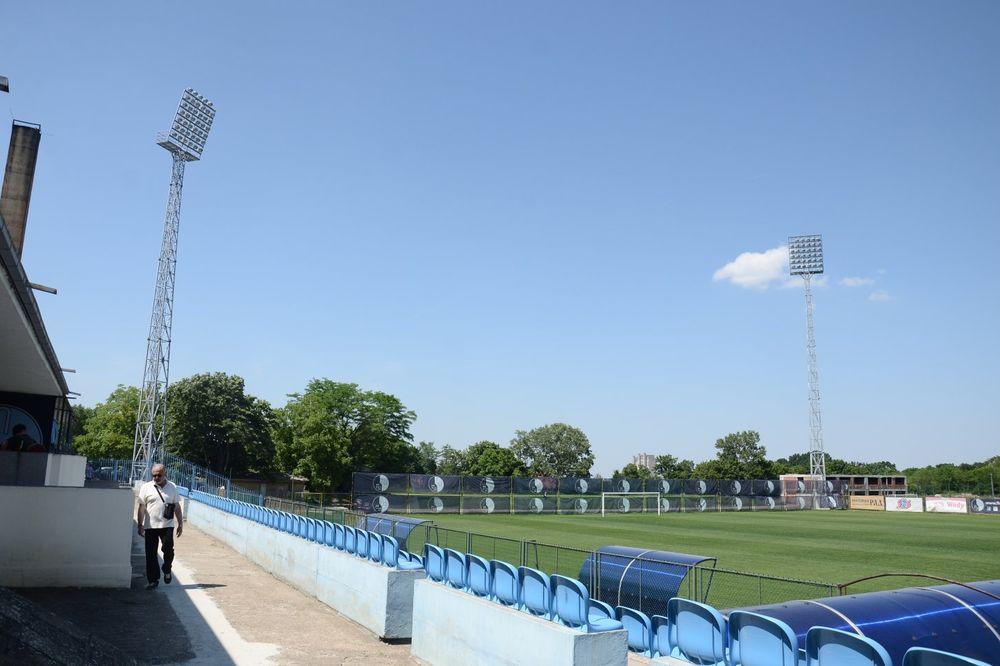 (FOTO) BANJICA POD SJAJEM REFLEKTORA: Pogledajte novo ruho stadiona Rada