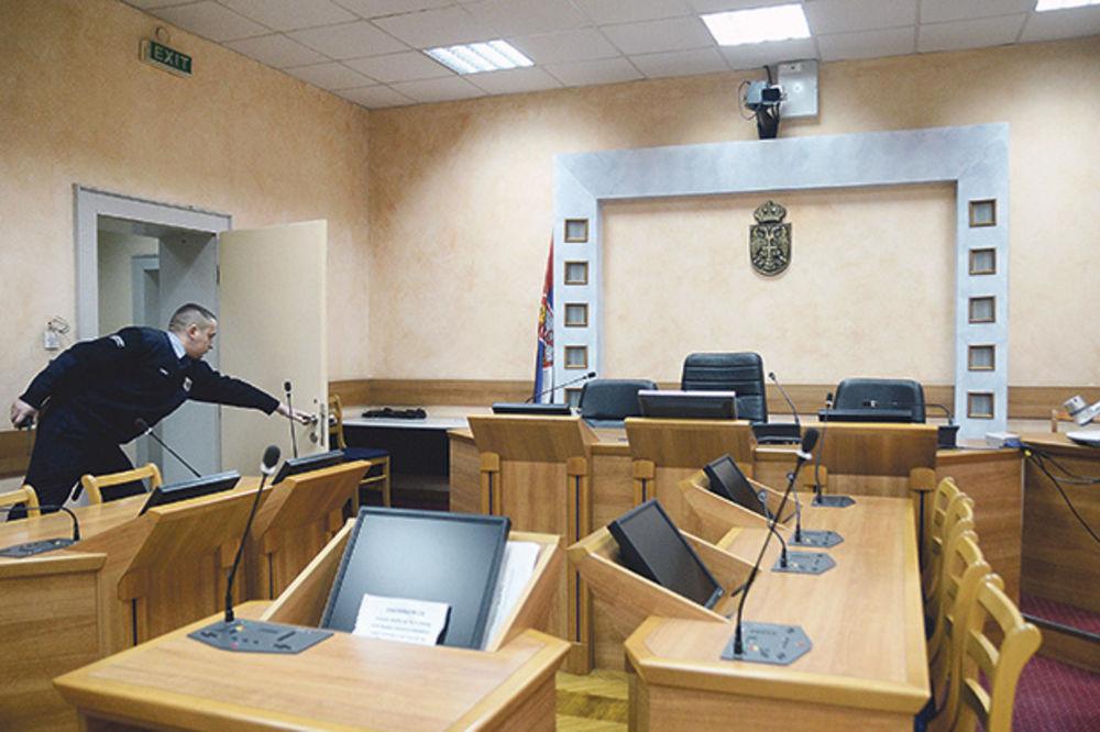 PRIZNAO KRIVICU I NAGODIO SE: Zbog pretnji Stefanoviću godinu dana uslovno