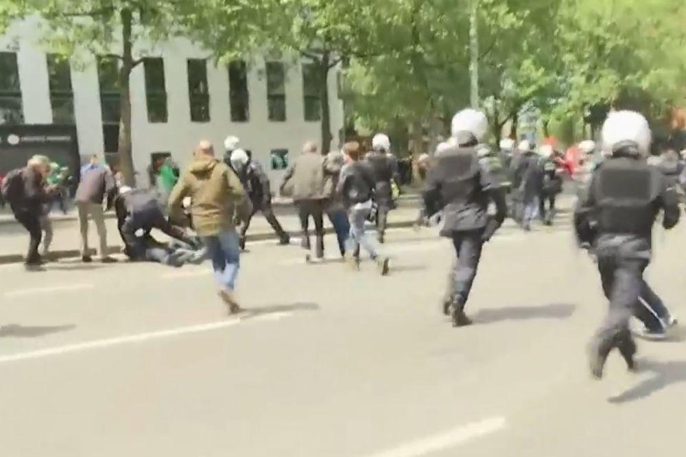 (VIDEO) HAOS U BRISELU: Policija vodenim topovima na demonstrante koji se protive merama štednje