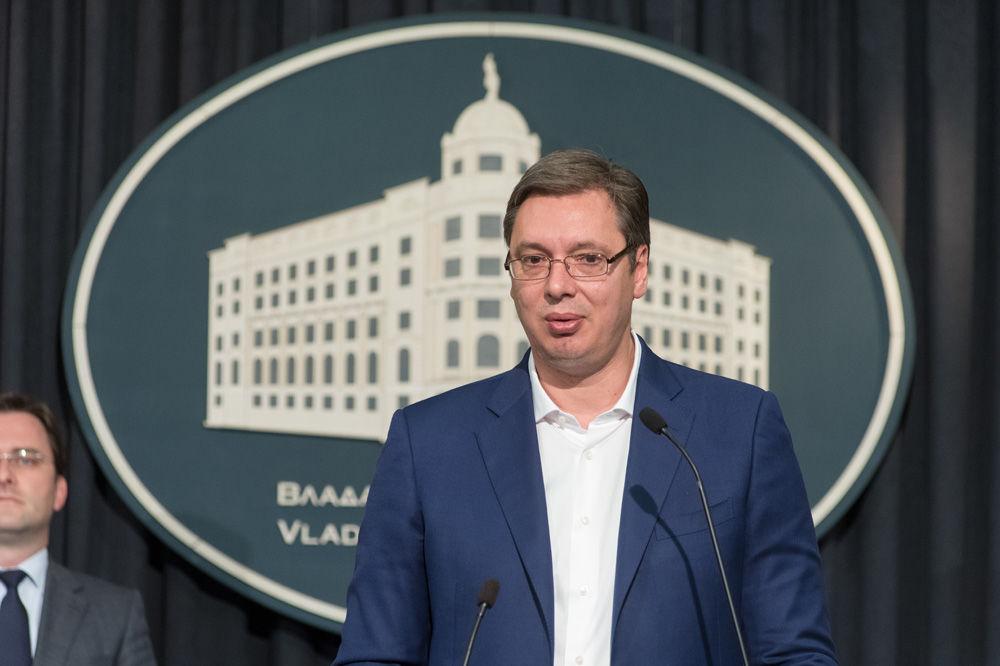 OBRAĆANJE PREMIJERA: Vučić danas u 18 sati o ekonomiji, regionu, sportu...