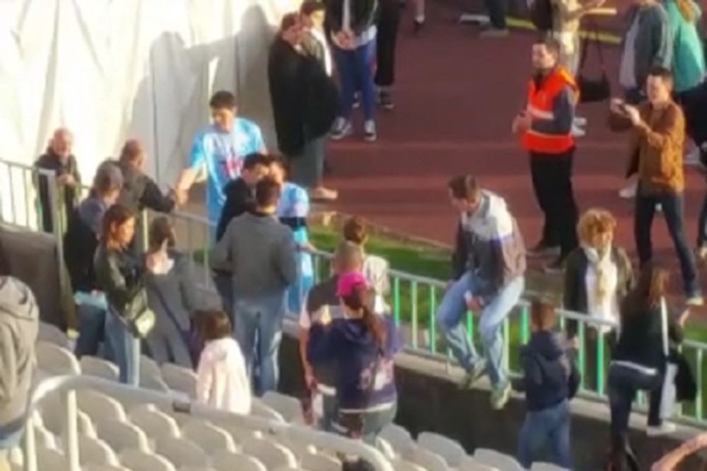(KURIR TV) APSOLUTNI HIT: Miša Tumbas skandirao Žigiću, a evo šta je Nikola uradio