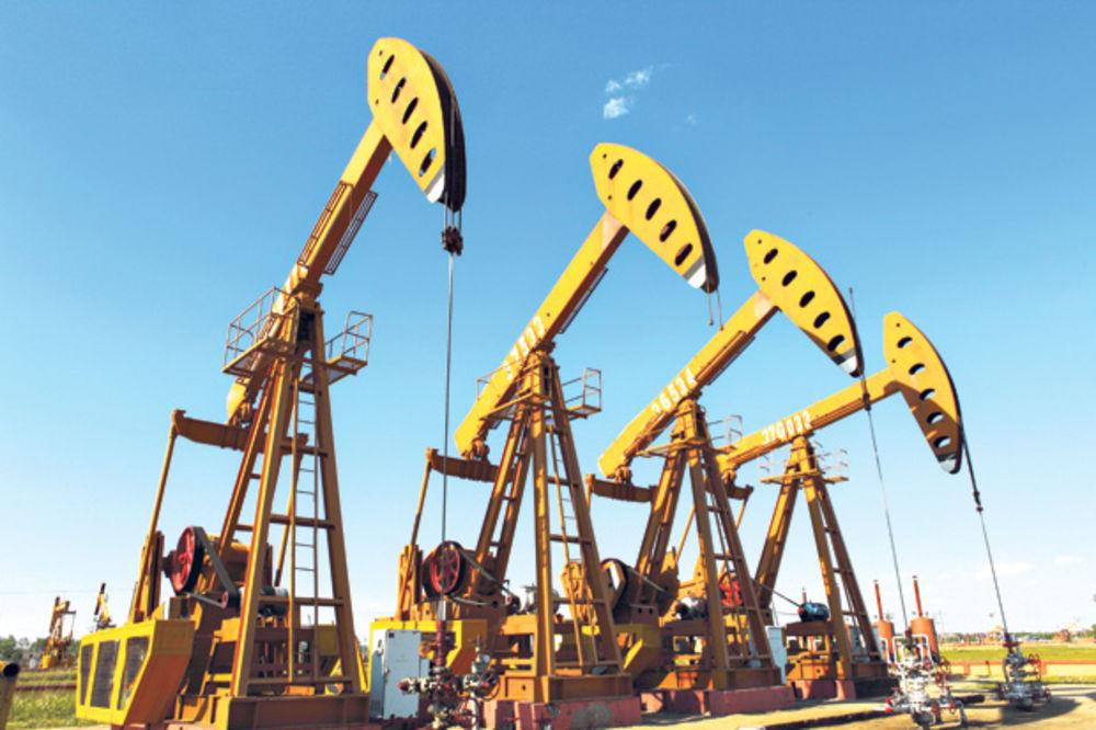 Događaji u Africi, Venecueli i Kini vraćaju naftu u sigurnu luku