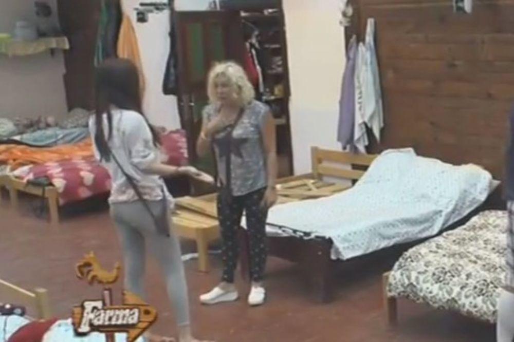 (VIDEO) CECA OTKRILA TAJNU FARMERKE: Marina, k.njaš u izolaciji!