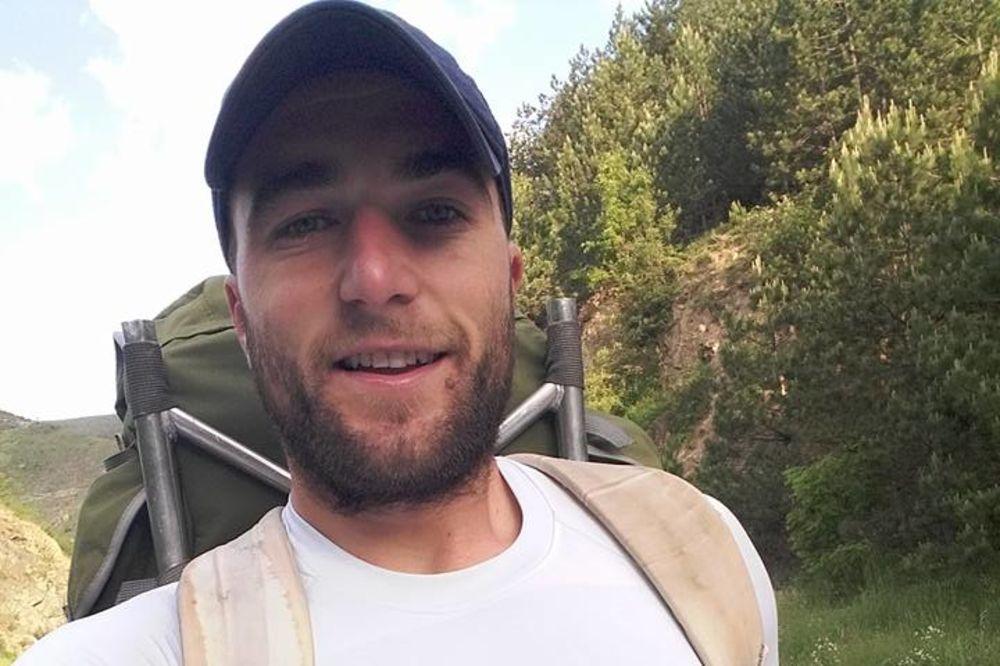 HODOČAŠĆE: Raščanin Stojan Bogojević pešice krenuo na put do Hilandara