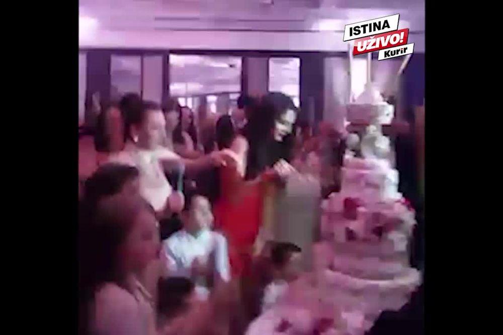 KURIR TV EKSKLUZIVNO Pogledajte kako je Anastasija ugasila svećice i presekla tortu