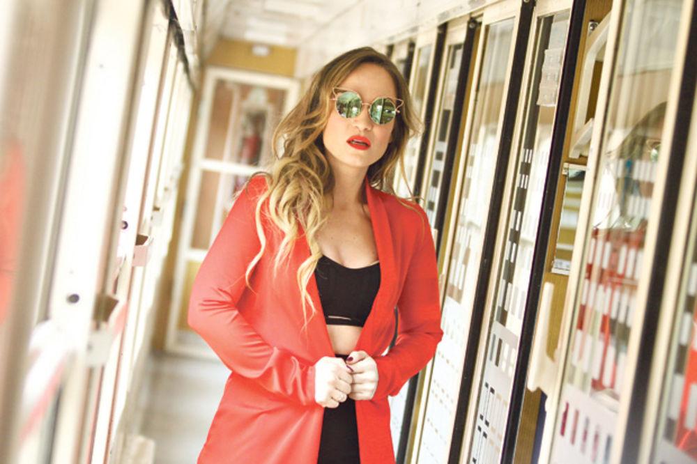 Jelena Tomašević snimila spot