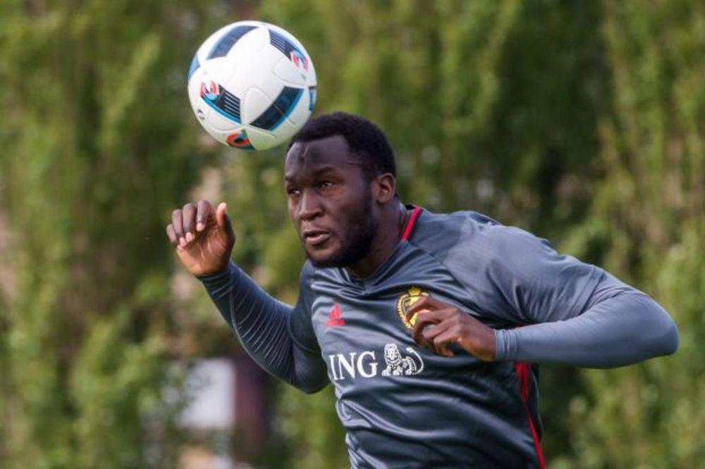 (VIDEO) OVO ĆE PAMTITI DO KRAJA ŽIVOTA: Pogledajte kako je nasamarena belgijska fudbalska zvezda