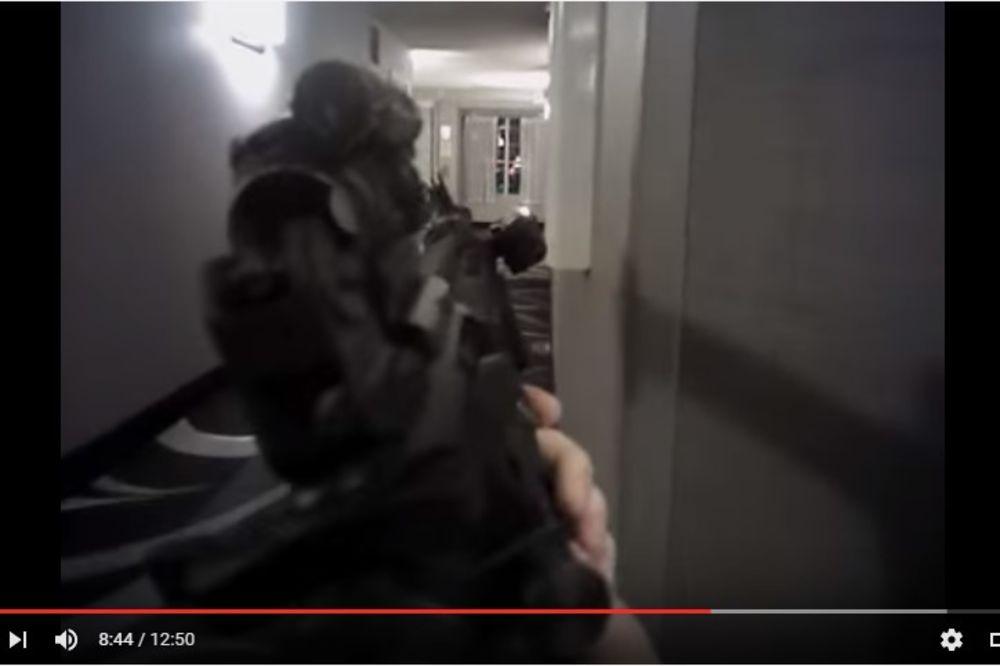 (VIDEO) MOLIO DA GA NE UBIJU: Objavljen snimak na kome je policajac usmrtio nenaoružanog čoveka