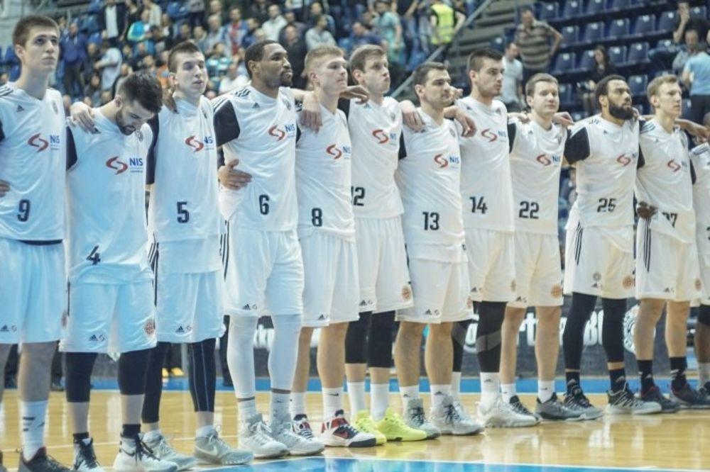 CRNO-BELA PORODICA NA OKUPU: Evo ko će sve podržati košarkaše Partizana na startu polufinala