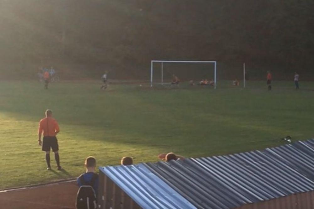 (VIDEO) LITVANAC SE BAŠ OBRUKAO: Ovo je najgori penal u istoriji fudbala!