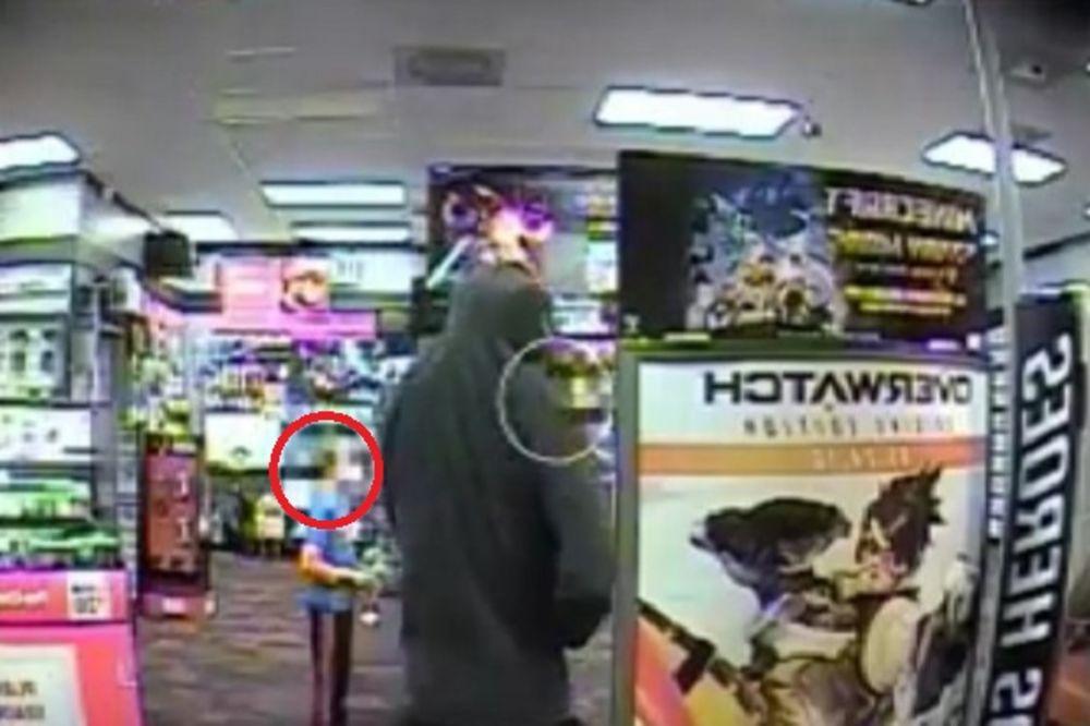 HEROJSKI ČIN 7-GODIŠNJAKA: Naoružani lopovi upali u prodavnicu, evo šta je uradio ovaj dečak
