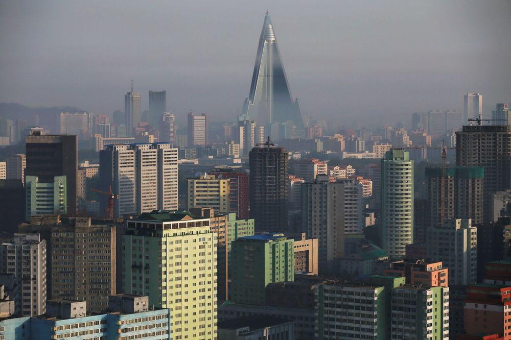 (VIDEO) SIMBOL PROPASTI: Severnokorejski hotel od 750 miliona dolara 30 godina zjapi prazan