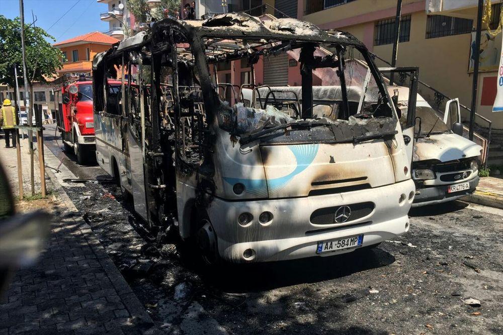 NESREĆA U ALBANIJI: Zapalio se autobus sa hrišćanima, žena stradala, 12 povređeno
