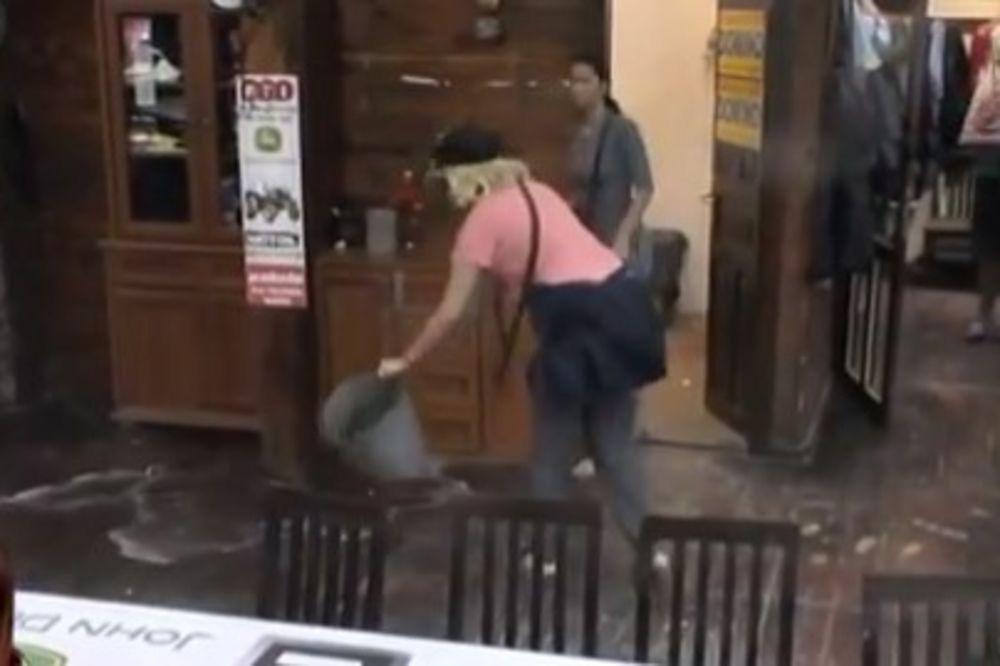 (VIDEO) OVO NISTE MOGLI DA VIDITE: Necenzurisan video brutalnog sukoba Cece i Jelene Golubović