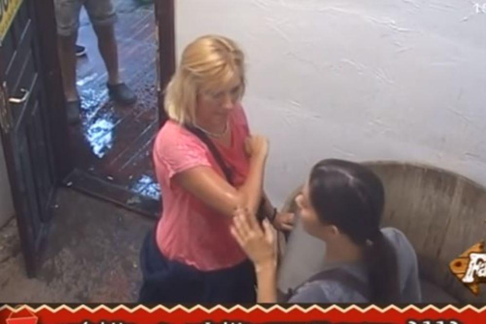 (VIDEO) GOLUBOVIĆKI PRETI DISKVALIFIKACIJA? Jelena sipala Ceci šampon u oči!