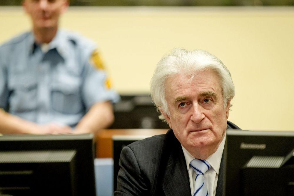 POSLATE GARANCIJE: Srbija i RS garantuju da će Karadžića vratiti u Hag