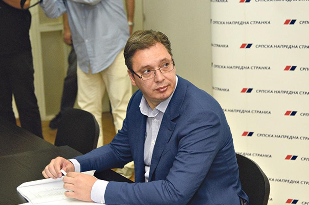 LETE GLAVE U SNS: Vučić pravi veliku čistku u stranci