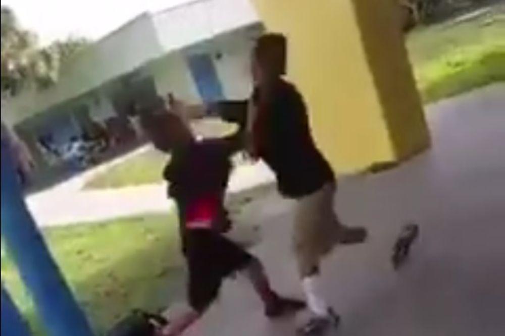 (VIDEO) DAVID I GOLIJAT: Siledžija je napao mlađeg dečaka, a onda... Neverovatno!