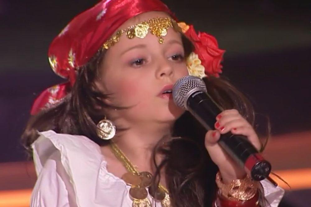 MALA DARIJA (8) PODIGLA SVE: To što je publika ustala i dala ti ovacije, to je tvoja pobeda!