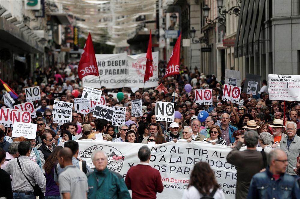 ŠPANCI PROTIV STEZANJA KAIŠA: Hiljade demonstranata protiv mera štednje