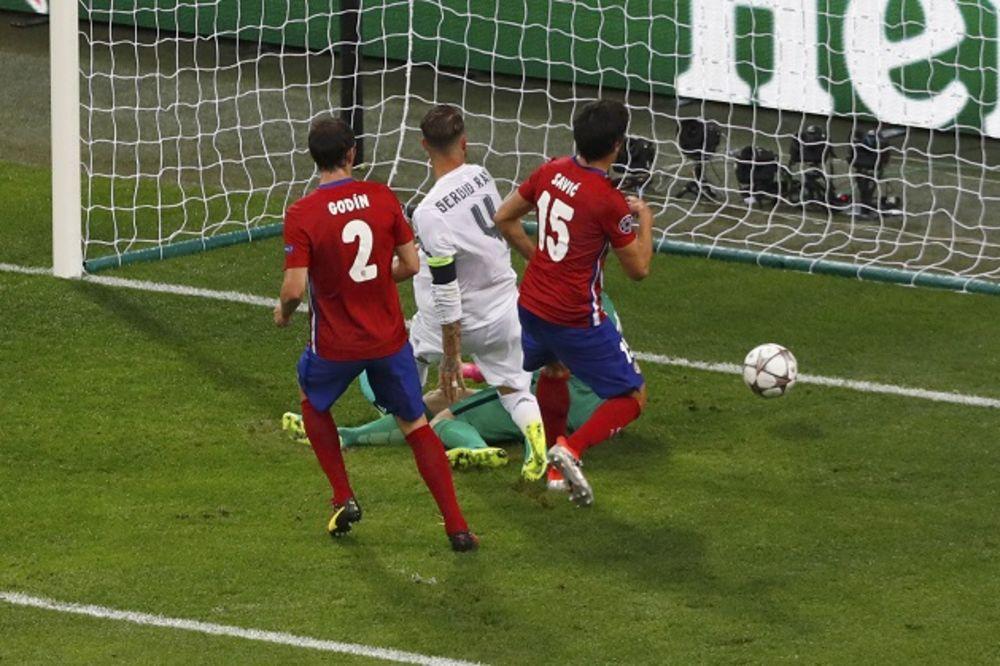 (VIDEO) PROCENITE SAMI: Da li je Real u finalu LŠ postigao gol iz ofsajda?