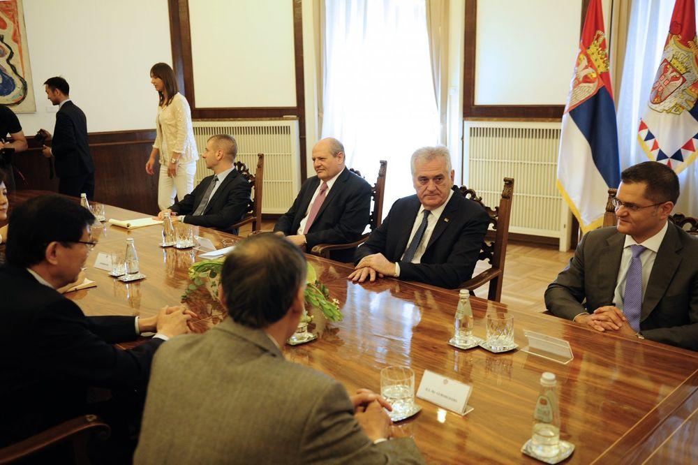 SUSRET U PREDSEDNIŠTVU: Nikolić se sastao sa predsednikom kineskog Centra za istraživanje